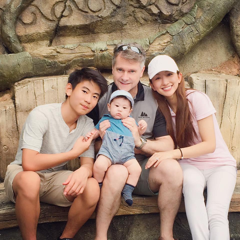 Annie family