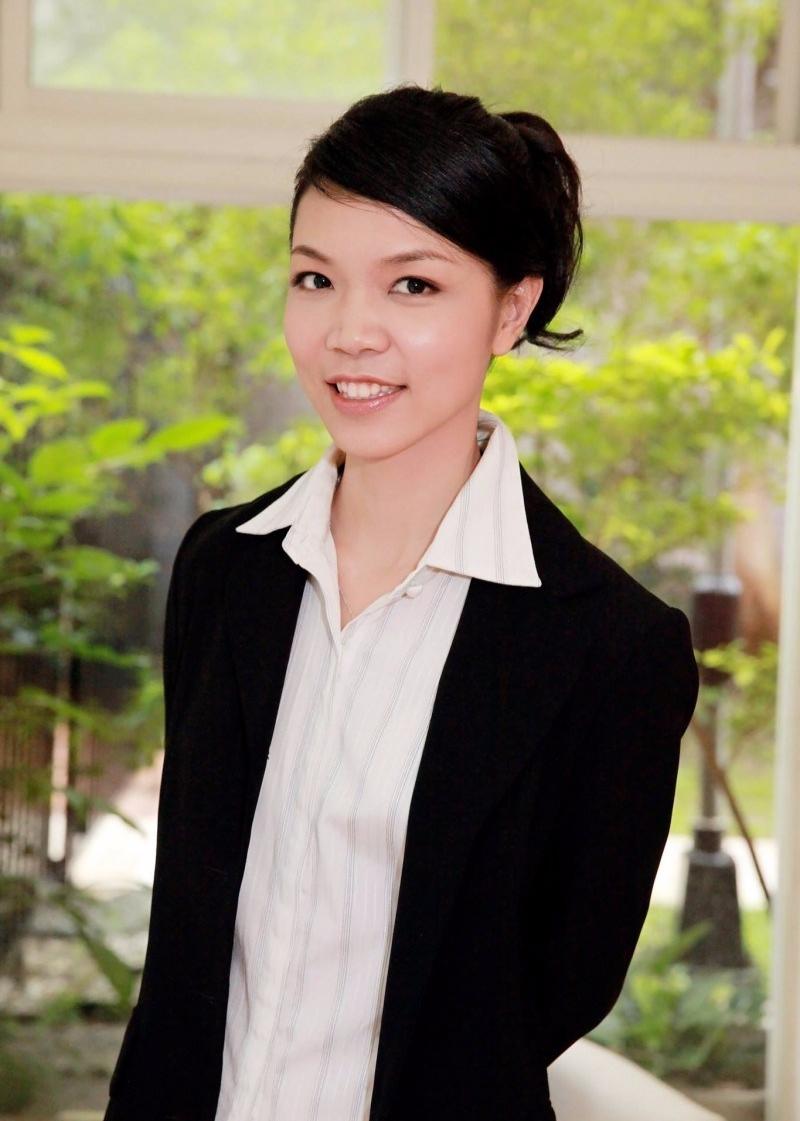 四季職涯發展學院 李宜芳