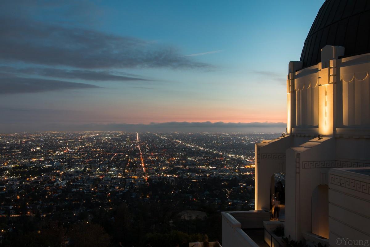 想要欣賞洛杉磯百萬夜景,就一定要來到格里斐斯天文台(圖片來源:Flickr@crispymen)
