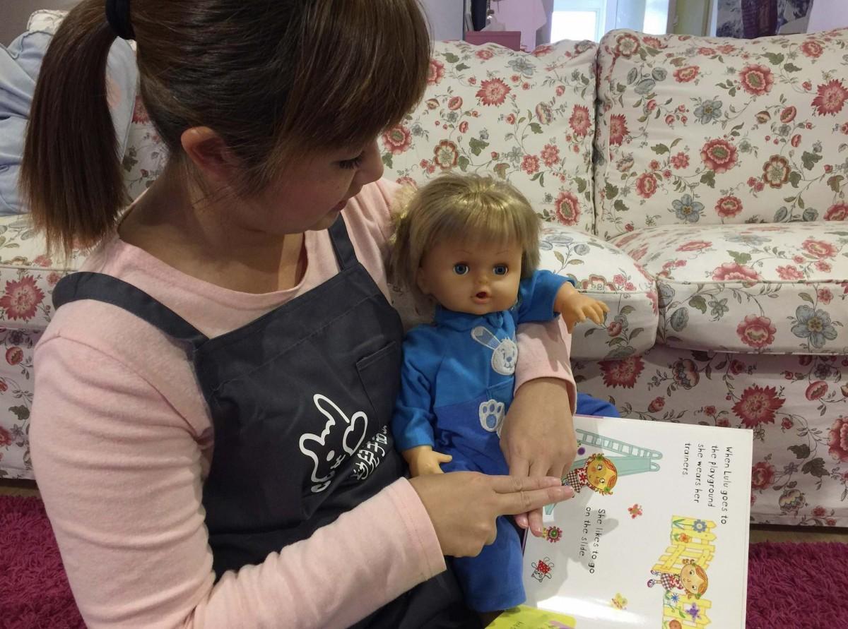 0 歲的寶寶就可以和爸媽一起學習「寶寶手語」
