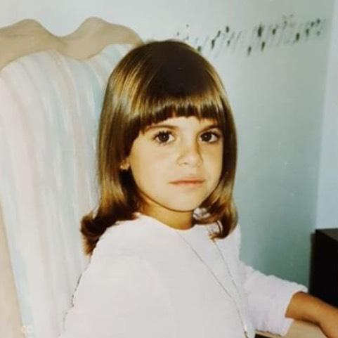 生於1984年,今年34歲的Sophia,年紀小小的她應該沒想到自己一生如此傳奇