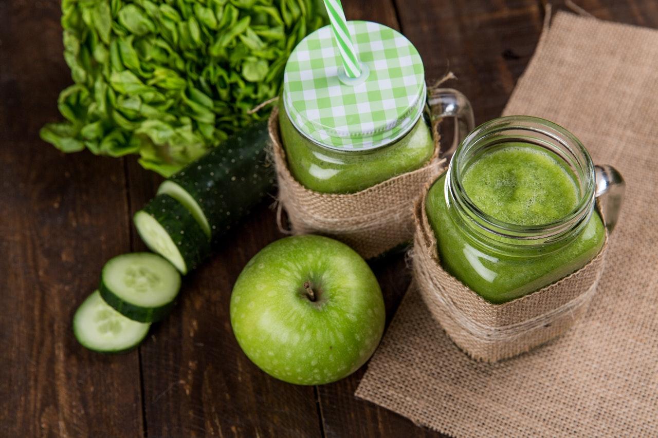 apple-apple-juice-close-up-616833